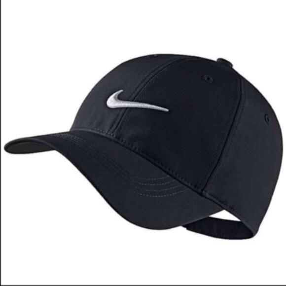 NWT - NIKE Dri-FIT Hat a93024e1b884